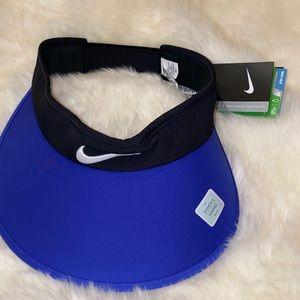New Nike golf women's visor One size Blue black